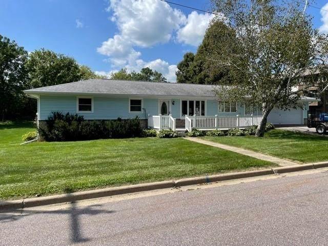 729 Hill Ave, Hillsboro, WI 54634 (#1917911) :: Nicole Charles & Associates, Inc.