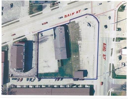 815 W Main St, Sun Prairie, WI 53590 (#1918319) :: Nicole Charles & Associates, Inc.