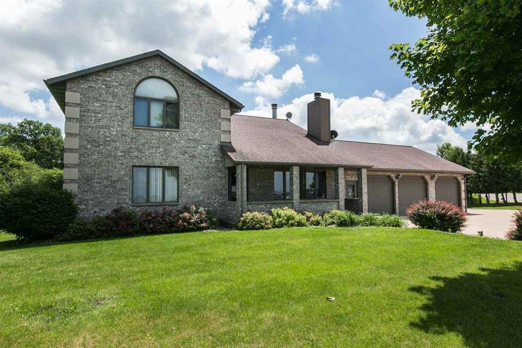 574 State Road 80 - Photo 1