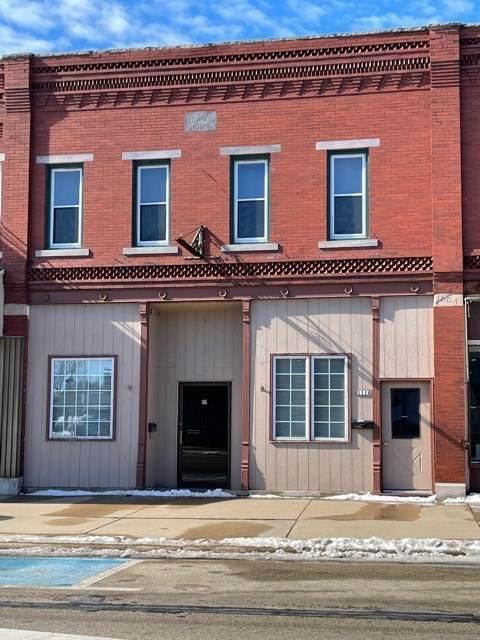 111 N High St, Randolph, WI 53956 (#1919043) :: RE/MAX Shine