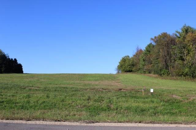 7566 Spruce Valley Dr, Middleton, WI 53593 (#1921282) :: RE/MAX Shine