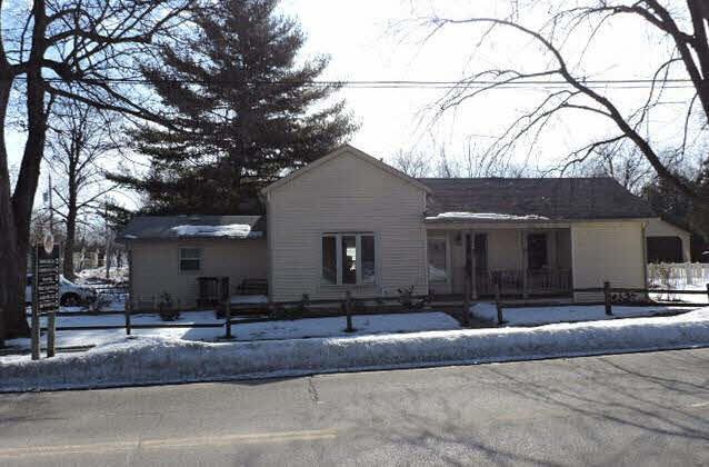 175 W Madison Ave, Milton, WI 53563 (#358797) :: Nicole Charles & Associates, Inc.