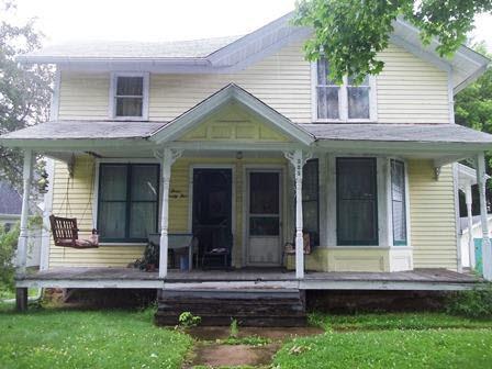 325 E Oak St, Lake Mills, WI 53551 (#360612) :: Nicole Charles & Associates, Inc.