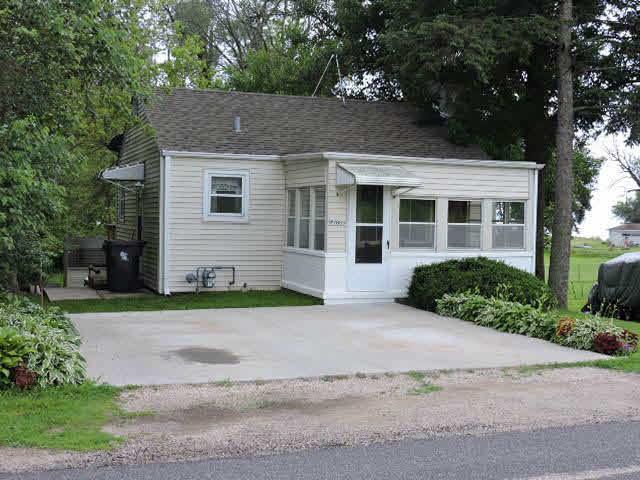 W7859 High Ridge Rd, Sumner, WI 53538 (#360720) :: Nicole Charles & Associates, Inc.