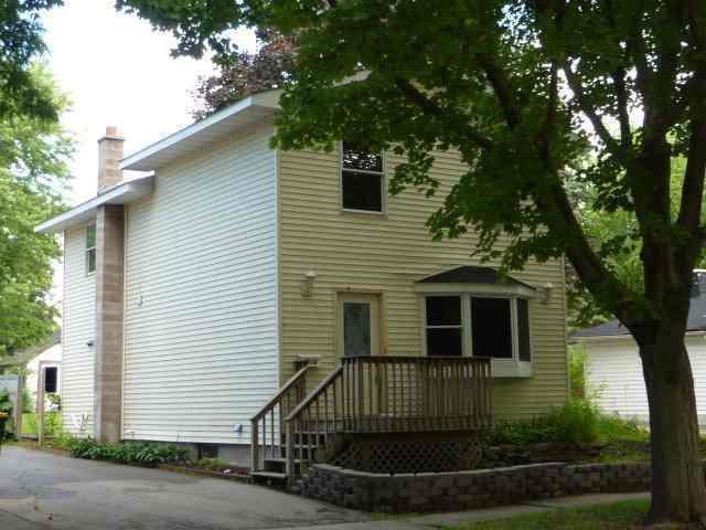 416 Clarence St, Fort Atkinson, WI 53538 (#361639) :: Nicole Charles & Associates, Inc.