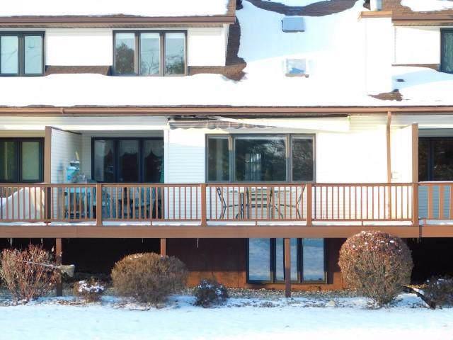 N6963 Rock Lake Rd, Lake Mills, WI 53551 (#365292) :: Nicole Charles & Associates, Inc.