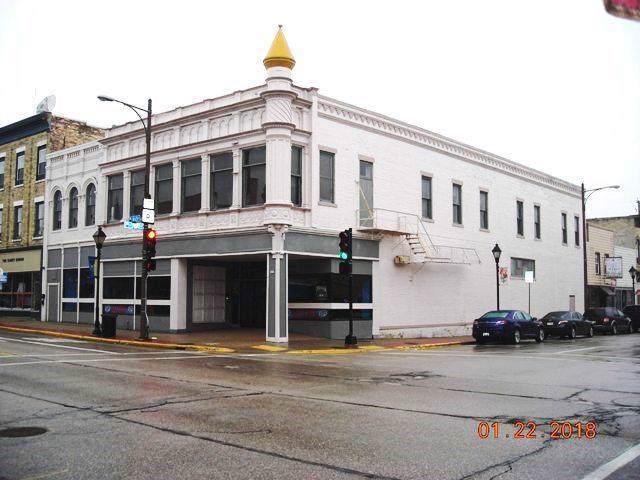301 Main St - Photo 1