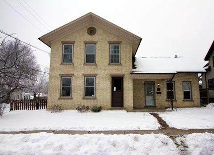 213 N 10th St, Watertown, WI 53094 (#372847) :: Nicole Charles & Associates, Inc.