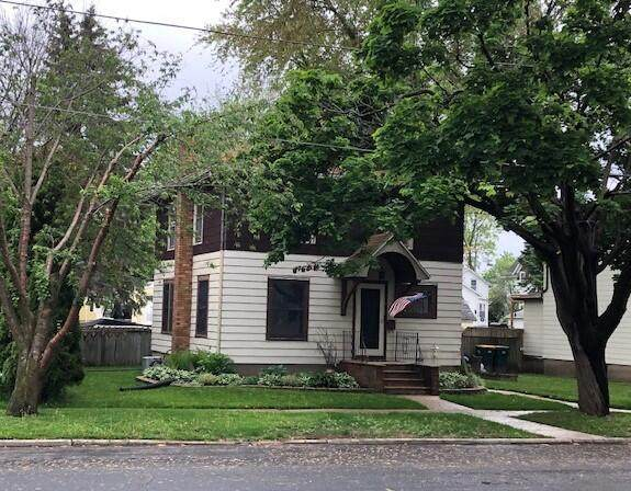324 Lincoln St, Fort Atkinson, WI 53538 (#375872) :: RE/MAX Shine