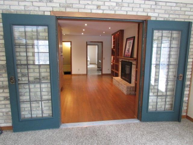 4562 Oak Springs Cir, Windsor, WI 53532 (#1820723) :: Nicole Charles & Associates, Inc.