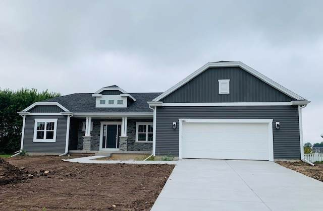 6627 Wolf Hollow Rd, Windsor, WI 53598 (#1868476) :: HomeTeam4u