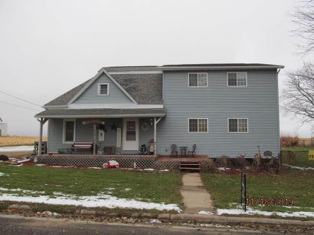615 W Woodward Ave, Livingston, WI 53554 (#1872643) :: Nicole Charles & Associates, Inc.