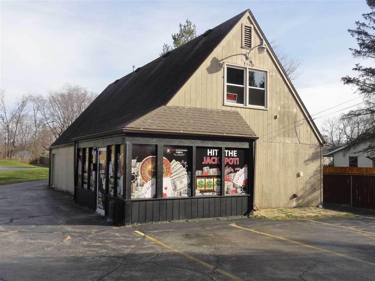 625 Blackhawk Blvd - Photo 1