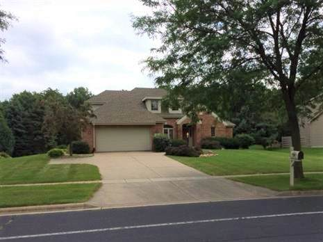 6219 Stonefield Rd, Middleton, WI 53562 (#1903553) :: Nicole Charles & Associates, Inc.