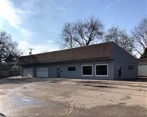 828 Columbus St, Sun Prairie, WI 53590 (#1914861) :: Nicole Charles & Associates, Inc.