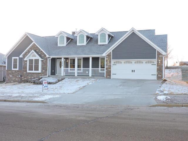 224 Wollet Dr, Fort Atkinson, WI 53538 (#357355) :: Nicole Charles & Associates, Inc.