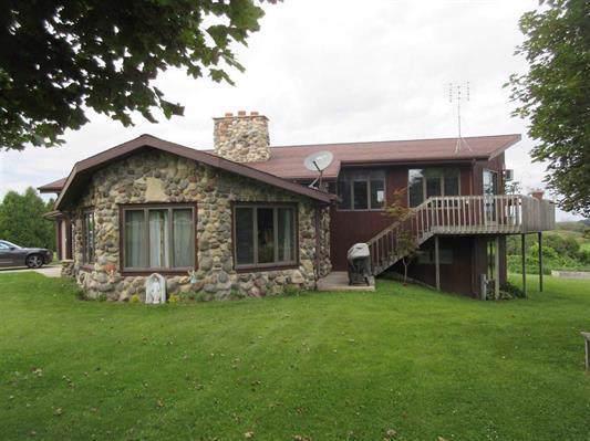 W5399 County Road B, Byron, WI 54937 (#363343) :: Nicole Charles & Associates, Inc.