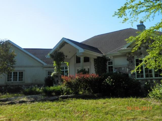 32790 Cold Springs Rd, Buena Vista, WI 53556 (#1808340) :: HomeTeam4u