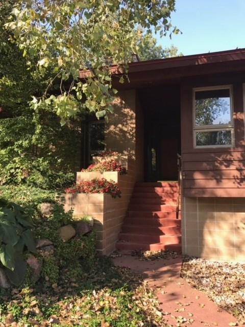 4537 Oak Valley Rd, Cross Plains, WI 53528 (#1828775) :: HomeTeam4u