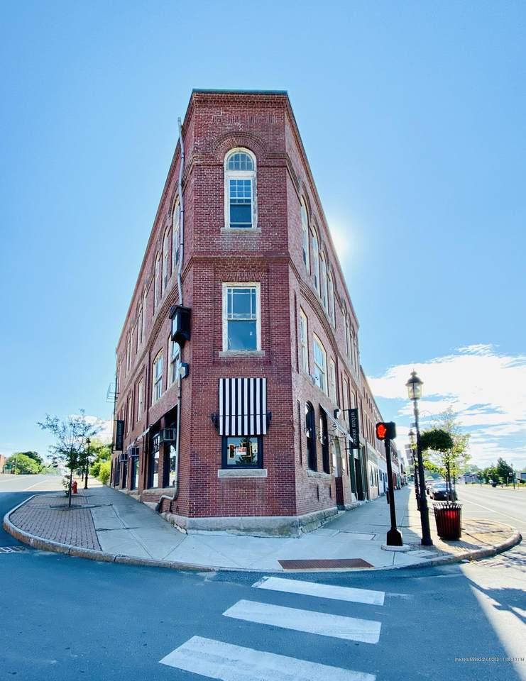 345 Main Street - Photo 1