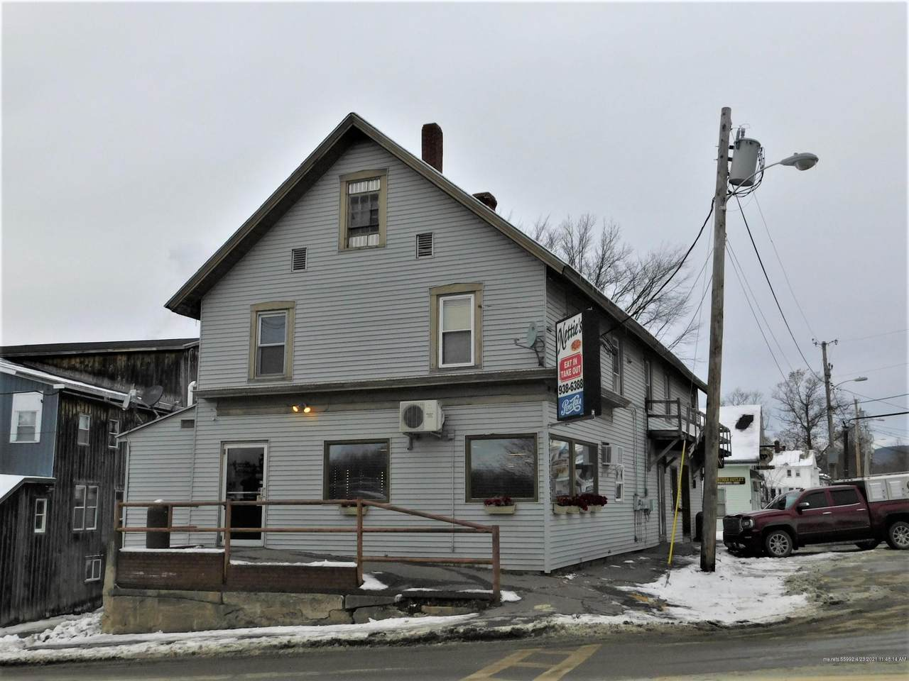 8 Commercial Street - Photo 1