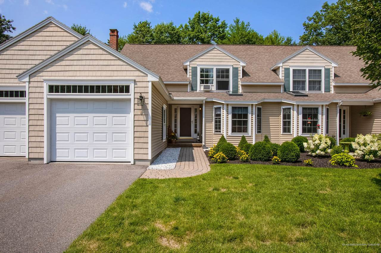 8 Sterling Drive - Photo 1
