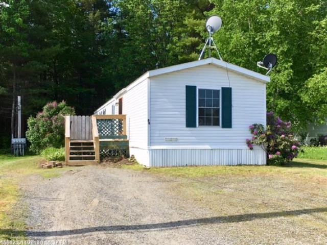 59 Village Green, Waterville, ME 04901 (MLS #1356092) :: DuBois Realty Group