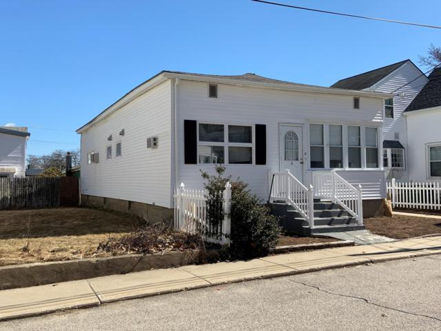 6 Pine Avenue, Old Orchard Beach, ME 04064 (MLS #1419289) :: Your Real Estate Team at Keller Williams