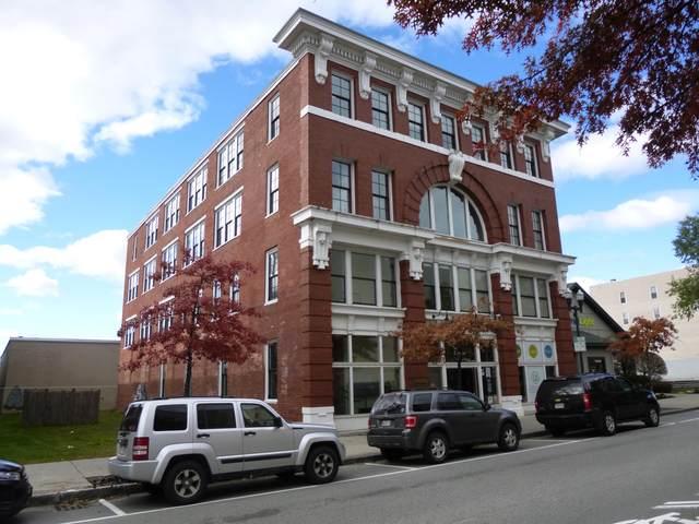 415 Lisbon Street #2, Lewiston, ME 04240 (MLS #1478862) :: Keller Williams Realty