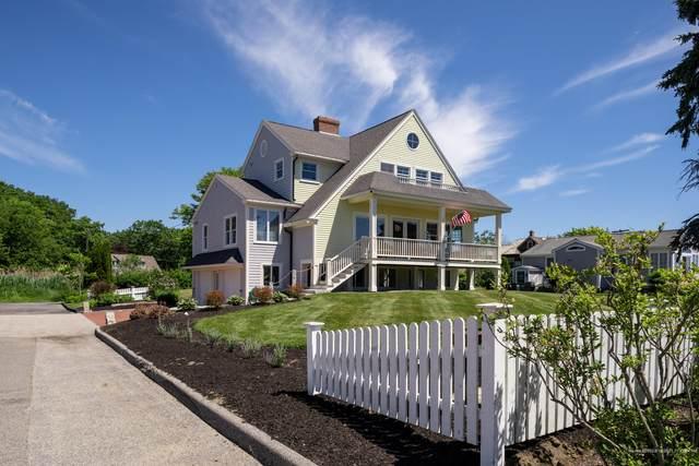 1 Oceanside Lane, Kennebunk, ME 04043 (MLS #1496927) :: Linscott Real Estate