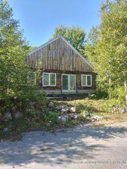 555 Farmington Road, Strong, ME 04983 (MLS #1509292) :: Linscott Real Estate