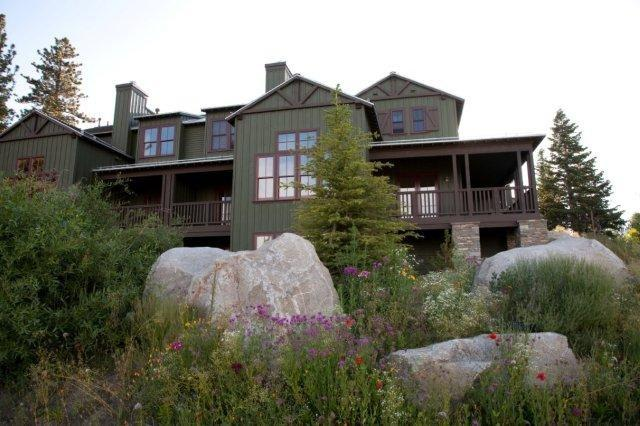 1537 Clear Creek Road, Mammoth Lakes, CA 93546 (MLS #180306) :: Rebecca Garrett with Mammoth Realty Group