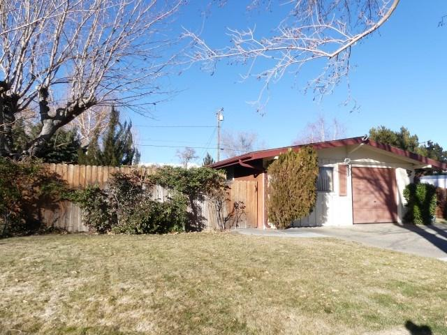 255 Meadow Lane, Bishop, CA 93514 (MLS #181031) :: Rebecca Garrett - Mammoth Realty Group
