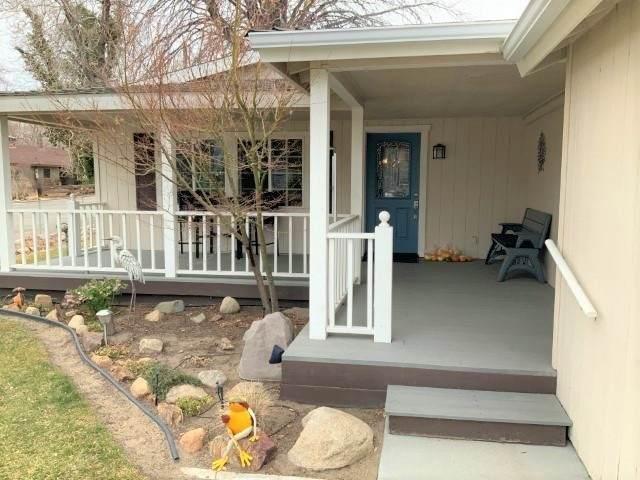 111 S School Street, Big Pine, CA 93513 (MLS #210180) :: Millman Team