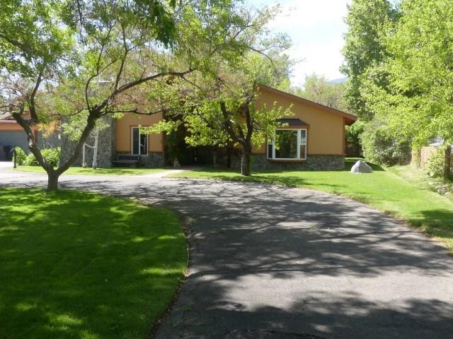 2336 Longview, Bishop, CA 93514 (MLS #190209) :: Mammoth Realty Group