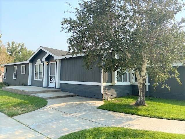 325 Dewey Street, Big Pine, CA 93513 (MLS #200780) :: Millman Team