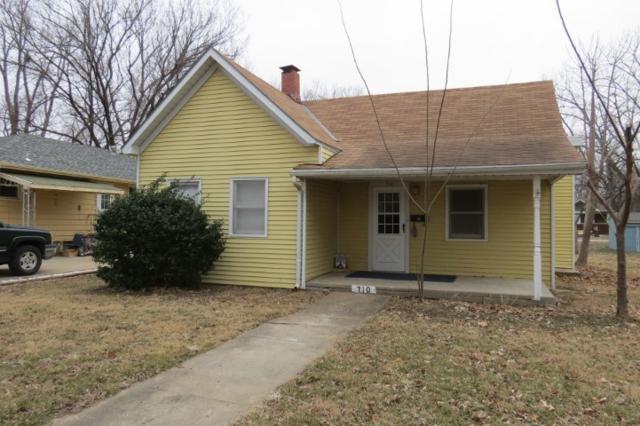 710 Pine Street, Wamego, KS 66547 (MLS #20190042) :: Jolene Roberts