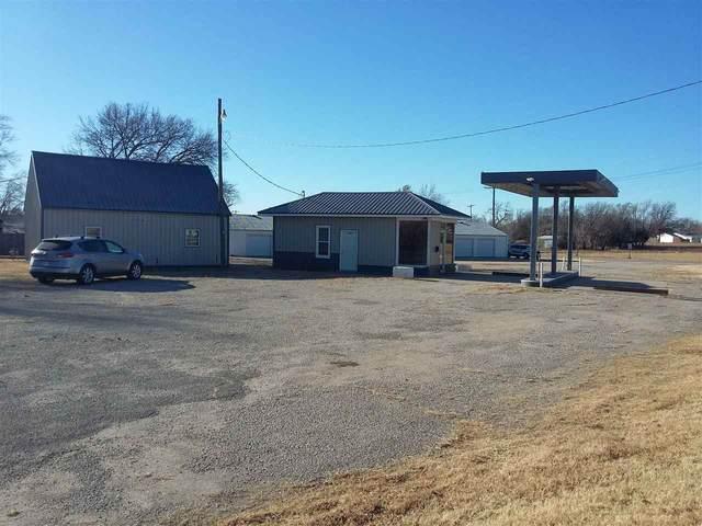 1615 NW 3rd Street, Abilene, KS 67410 (MLS #20203360) :: Stone & Story Real Estate Group