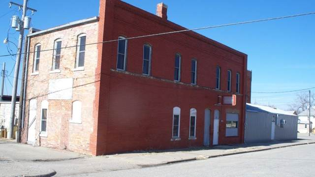17 N 1 St Street, Herington, KS 67449 (MLS #20210325) :: Stone & Story Real Estate Group