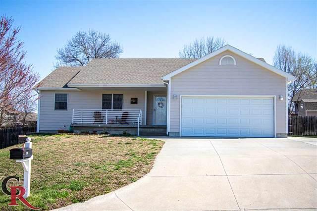 201 Lockett Ln, St. George, KS 66535 (MLS #20210939) :: Stone & Story Real Estate Group