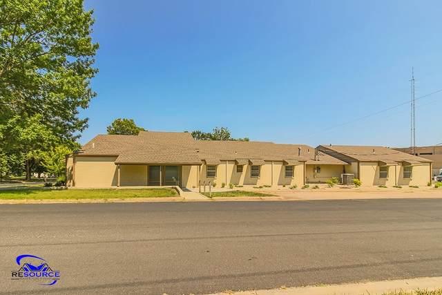 208 N 1st Street, Westmoreland, KS 66549 (MLS #20212315) :: Stone & Story Real Estate Group
