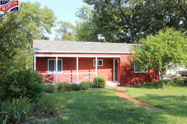 116 S Iowa Street, Riley, KS 66531 (MLS #20212430) :: Stone & Story Real Estate Group