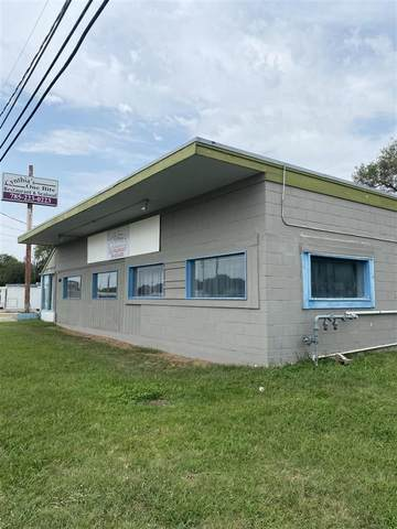 360 Grant Avenue, Junction City, KS 66441 (MLS #20212567) :: Stone & Story Real Estate Group