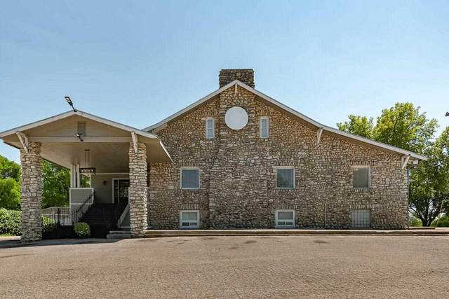 1301 W 8th Street, Junction City, KS 66441 (MLS #20212706) :: Stone & Story Real Estate Group