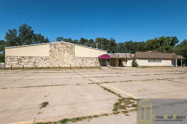 1330 Grant Avenue, Junction City, KS 66441 (MLS #20213131) :: Stone & Story Real Estate Group