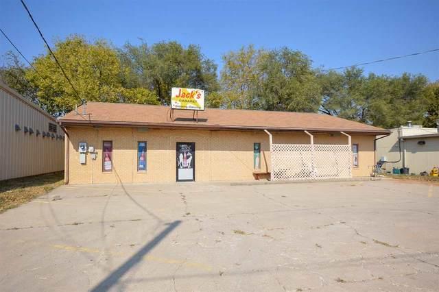 136 Grant Avenue, Junction City, KS 66441 (MLS #20213301) :: Stone & Story Real Estate Group
