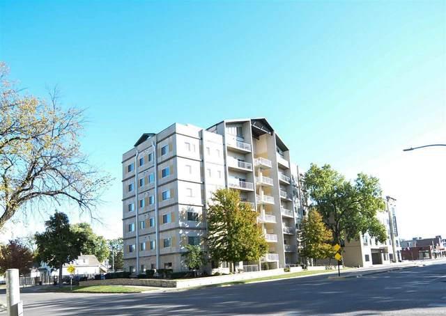 820 N Manhattan Avenue, Manhattan, KS 66502 (MLS #20213323) :: Stone & Story Real Estate Group