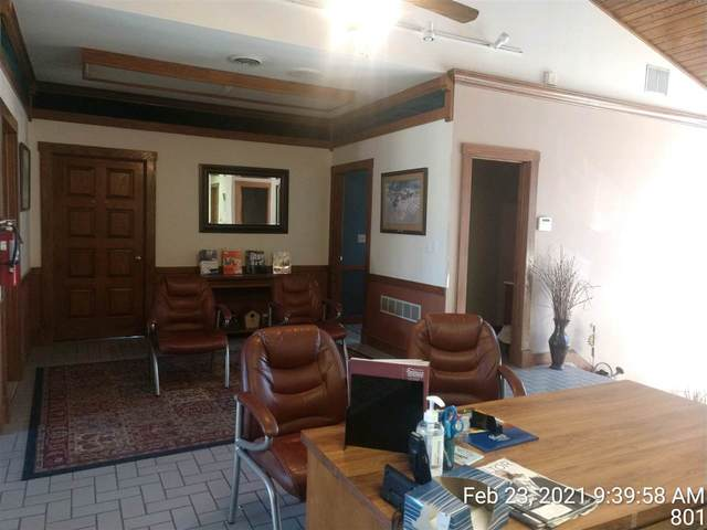 801 W 6th Street, Junction City, KS 66441 (MLS #20210511) :: Stone & Story Real Estate Group
