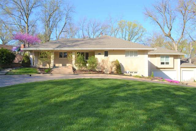 2009 SW Wildwood Lane, Topeka, KS 66611 (MLS #20211088) :: Stone & Story Real Estate Group