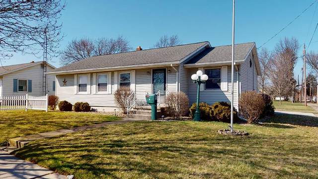 16 W Perry, Willard, OH 44890 (MLS #9046656) :: The Holden Agency